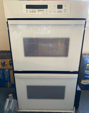 Kitchen Aid White Double Wall Oven FREE for Sale in Fairfax, VA