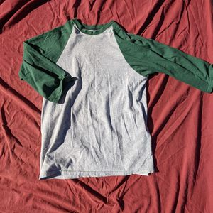 Vintage baseball Tee Size Large for Sale in Los Angeles, CA