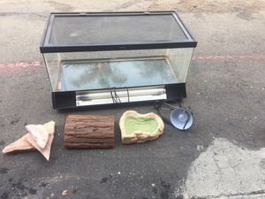 40 Galon Reptile Aquarium with Everythin Included 36x18x18 for Sale in Vista, CA