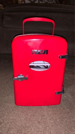 Curtis Mini Compact Refrigerator - Red (Fits 6 Regular Sizes Cans) for Sale in Long Beach, CA