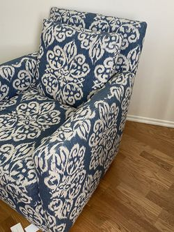 Blue Floral Rocking Chair-$200 Obo for Sale in Los Angeles,  CA