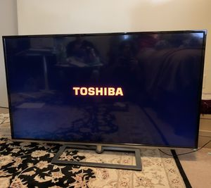 "Toshiba smart tv 58 "" for Sale in Fort Washington, MD"