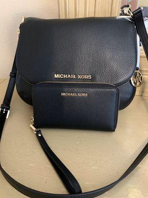 Michael Kors matching set handbag & wristlet wallet NEW for Sale in Rowlett, TX