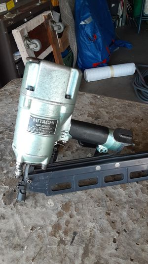 Hitachi freiming nailer NR 83A3 used good condition for Sale in E RNCHO DMNGZ, CA