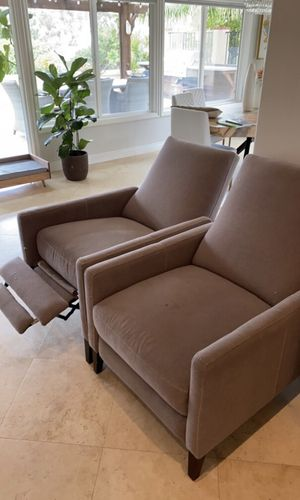 West Elm Chair Recliner for Sale in Solana Beach, CA