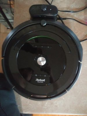 iRobot roomba vacuum 680 for Sale in Cudahy, WI