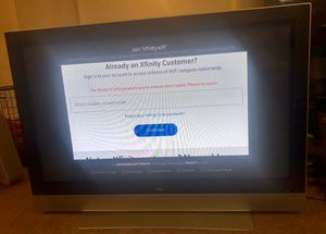 Maxent older 60 INCH Flat screen tv for Sale in Everett, WA