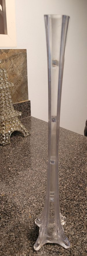 Beautiful, tall glass vases. for Sale in Orlando, FL