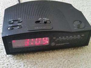 Radio AM/FM clock and alarm for Sale in Southfield, MI