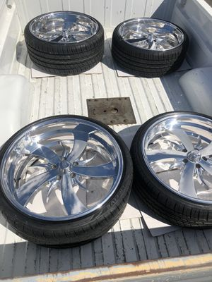 Intro billet wheels 22s 5x4.75 for Sale in Irwindale, CA