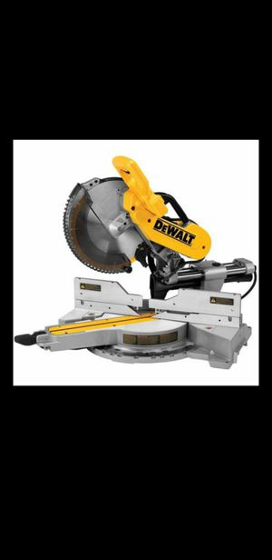 New DeWalt 15 Amp 12 in. Double-Bevel Sliding Compound Miter Saw -Price is Firm- for Sale in Phoenix, AZ