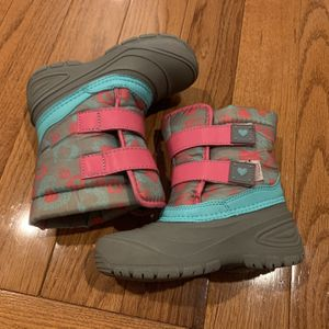 Toddler Snow Boots for Sale in Herndon, VA