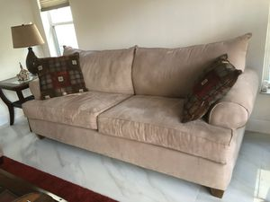 Beige couch for Sale in Pompano Beach, FL