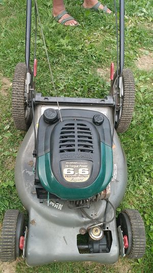 Craftsman 6,6 lawnmower for Sale in Cleveland, OH