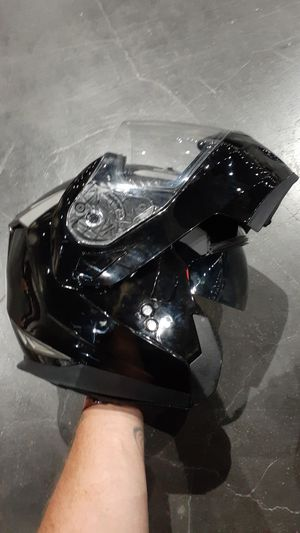 iV2 Snowmobile Helmet with Flip-Up Sun Visor for Sale in San Diego, CA