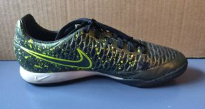Nike turf shoes / size 7.5 for Sale in TN OF TONA, NY