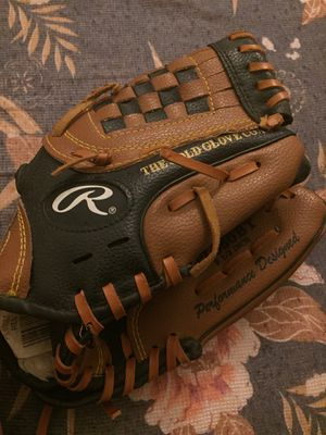 Rawlings Kids Baseball Glove (Left Hand) for Sale in Overland, MO