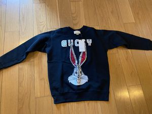 Gucci x looney toons sweater New retail 1700$ for Sale in Los Angeles, CA