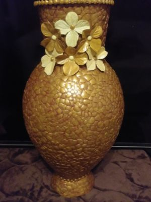 Beautiful hand made décorative vase for Sale in Miramar, FL