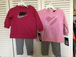 Nike toddler girls outfit size 18 months for Sale in Pembroke Park, FL