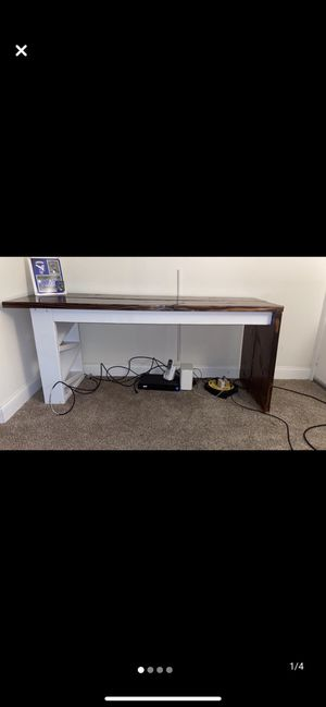 Wood top desk for Sale in Reading, PA