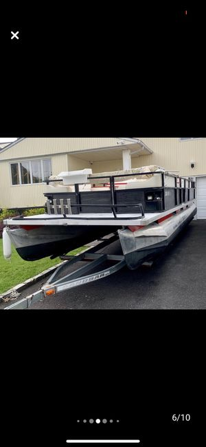 Pontune boat for sale for Sale in South Hempstead, NY