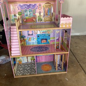 Doll Play House for Sale in Phoenix, AZ