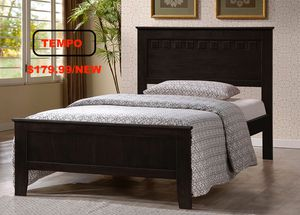 Full Wood Bed Frame with Slats, Capuccino for Sale in Garden Grove, CA