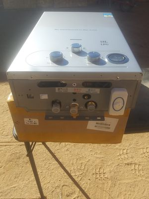 Tankless on Demand hot water heater for Sale in Tucson, AZ