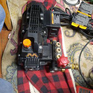 Mi-T-M 1400 PSI Pressure Washer! for Sale in Tacoma, WA