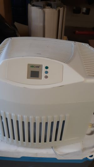 AirCare Humidifier MA1201 for Sale in Guadalupe, AZ