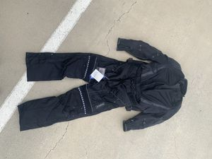 L Motorcycle Jacket L motorcycle pants Yamaha for Sale in Diamond Bar, CA