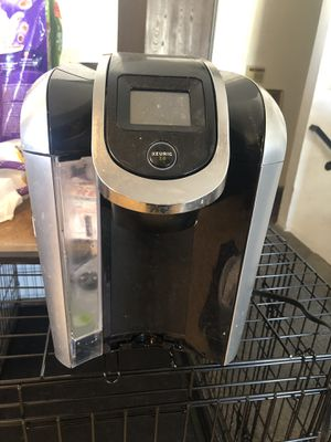 Keurig 2.0 with k cups for Sale in Sacramento, CA