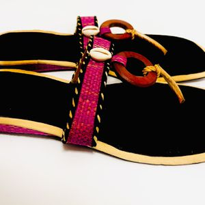 Women's Ethnic Handmade Open Toe Kente Sandals With Cowry-Size 9 for Sale in Frederick, MD