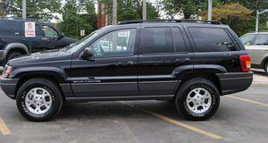 2004 Jeep Grand Cherokee Laredo 4x4 for Sale in Matteson, IL