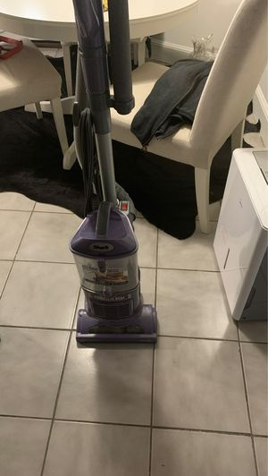 Vacuum shark great condition for Sale in Malden, MA