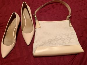 Calvin Klein peach color size 10 included a Nine West matching purse for Sale in Livermore, CA