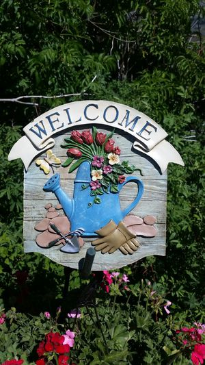 Darling Garden Welcome Sign for Sale in Wenatchee, WA