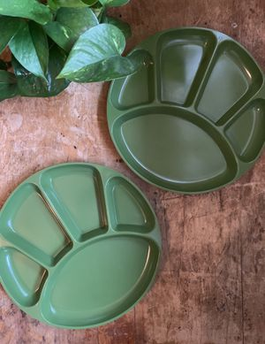 • 2x vintage olive green divided plates dishes 70's retro • for Sale in Issaquah, WA