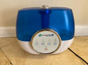 Humidifier Pureguardian cold and hot; with light, timer, intensity level. for Sale in Aventura, FL