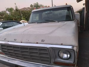 79 Ford F350 Custom for Sale in Moreno Valley, CA