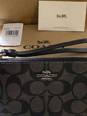 100% brand New Authentic Coach wristlet with tags for Sale in North Bethesda, MD
