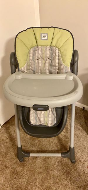 Highchair for Sale in Centreville, VA