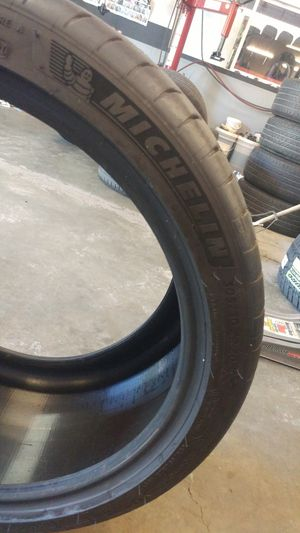 305/30r20 Michelin for Sale in Woodland, CA