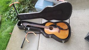 Guitar and stand for Sale in Sammamish, WA
