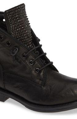 Sheridan Mia sparks Boots Size9 for Sale in Reston,  VA