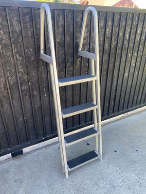 Aluminum Dock Ladder 4 step for Sale in Los Angeles, CA