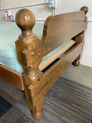 FREE- 2 twin beds. Wooden with mattresses. for Sale in St. Petersburg, FL