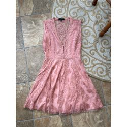 Honey Punch Lace Peach Swing Dress for Sale in Lutherville-Timonium,  MD