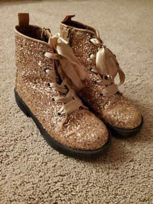 Girls Gap, Rose gold boots, size 12 for Sale in Winston-Salem, NC